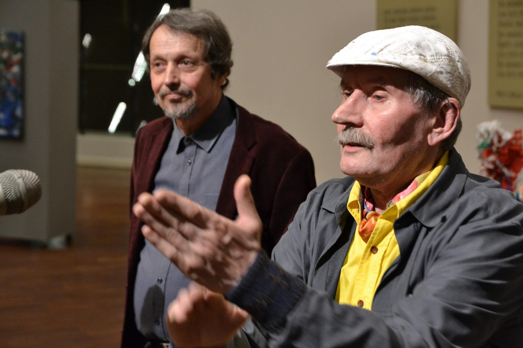 Mākslinieks Pēteris Sidars absolūtā plūsmā un krāsu viļņos
