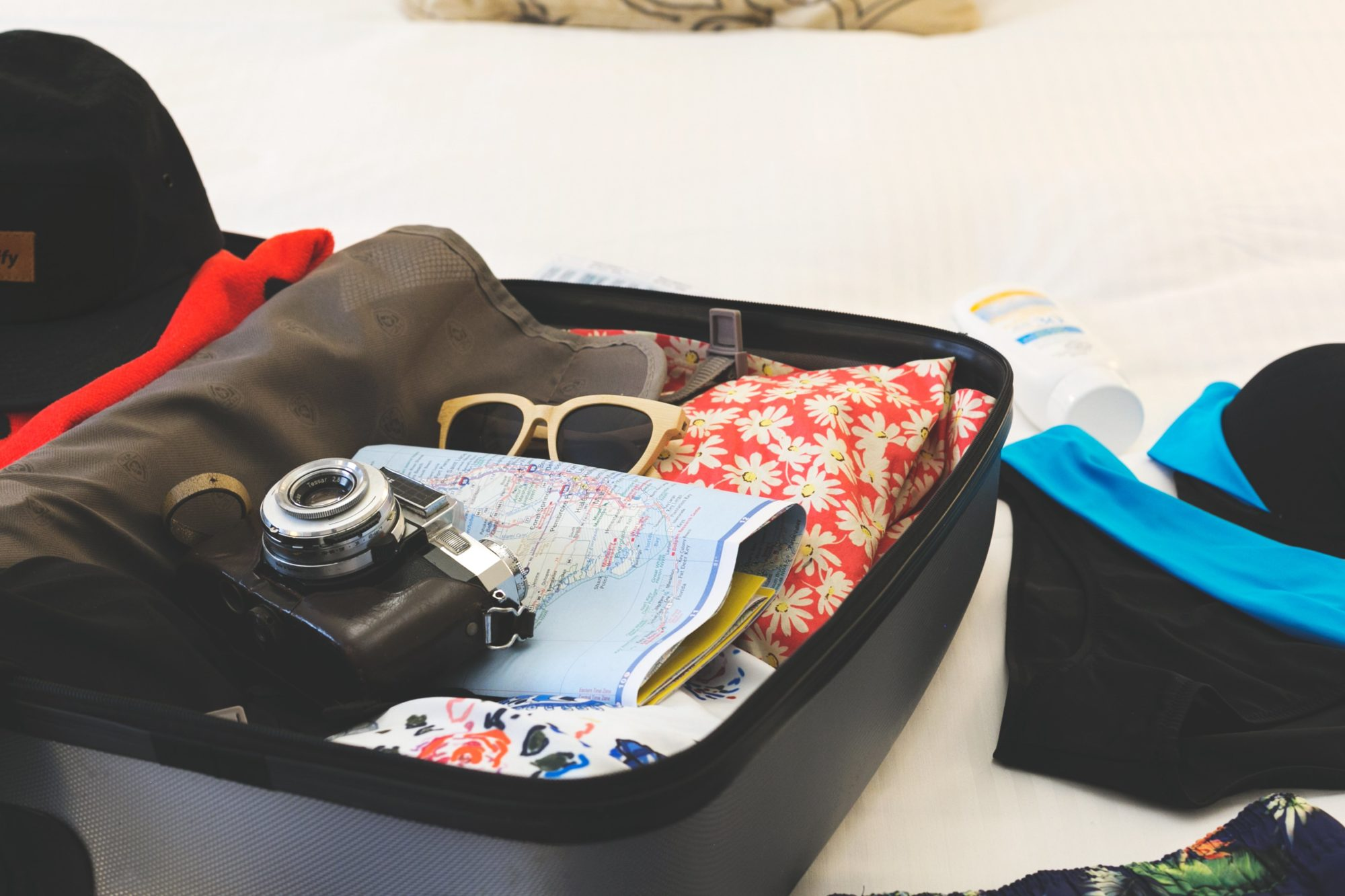 Sešas lietas, kuras noteikti vajadzētu ņemt līdzi ceļojumā