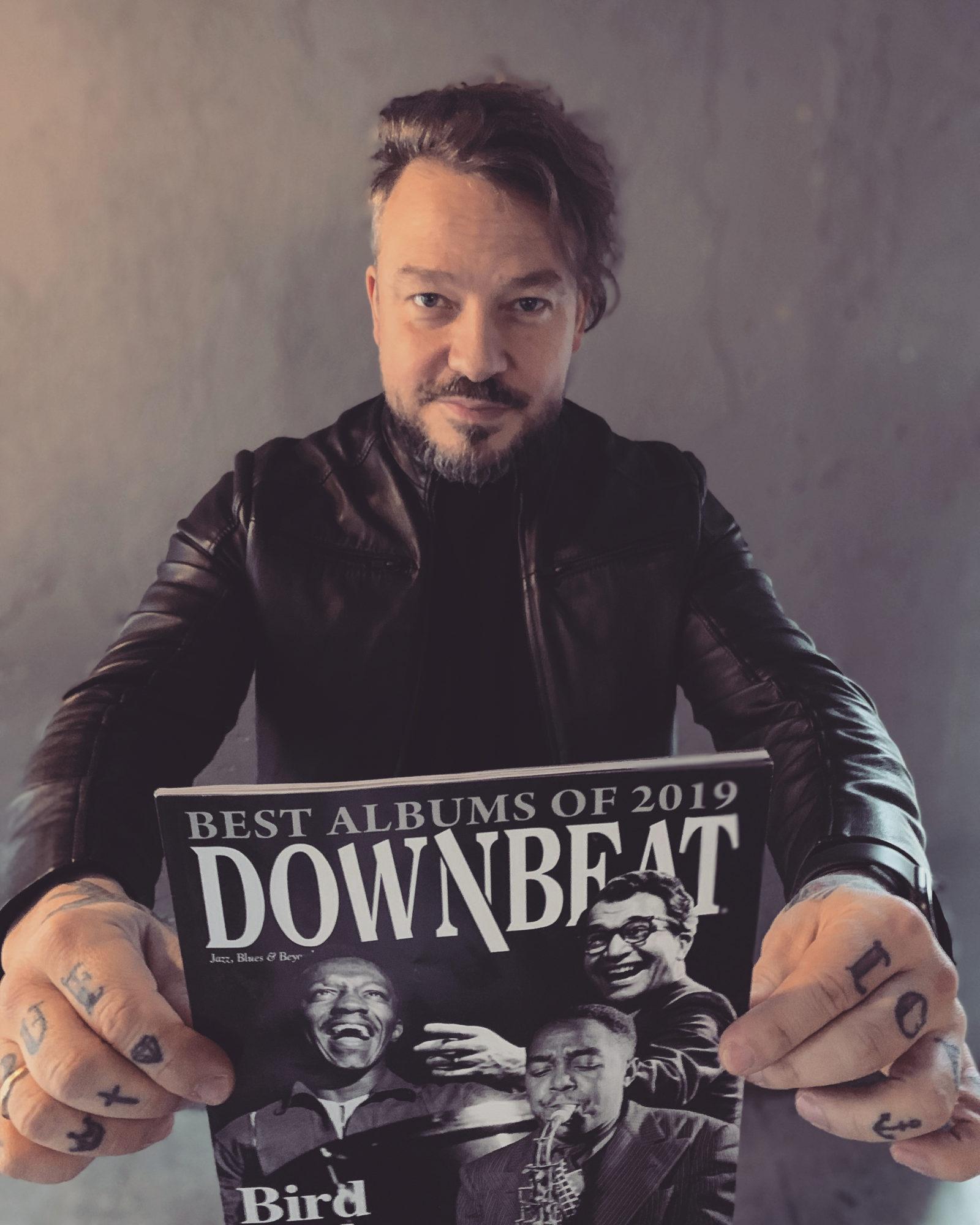 """LMMDV pedagogs Deniss Paškevičs iekļuvis pasaules prestižākajā džeza mūzikas žurnālā """"Dowbeat"""""""
