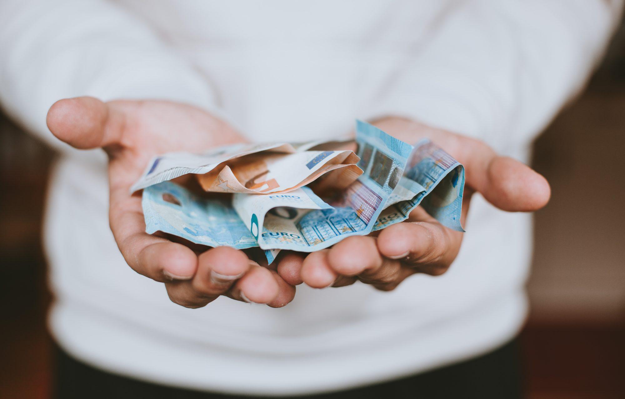 Pieci padomi, kā apdomīgāk tērēt naudu