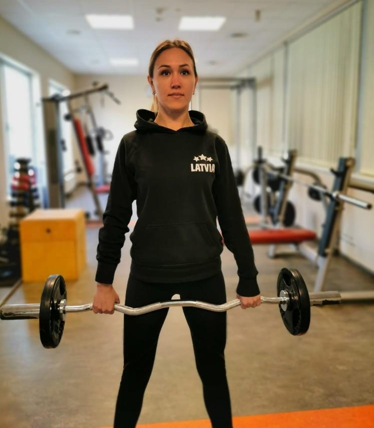 Zaudē 35 kilogramus un kļūst par fitnesa treneri
