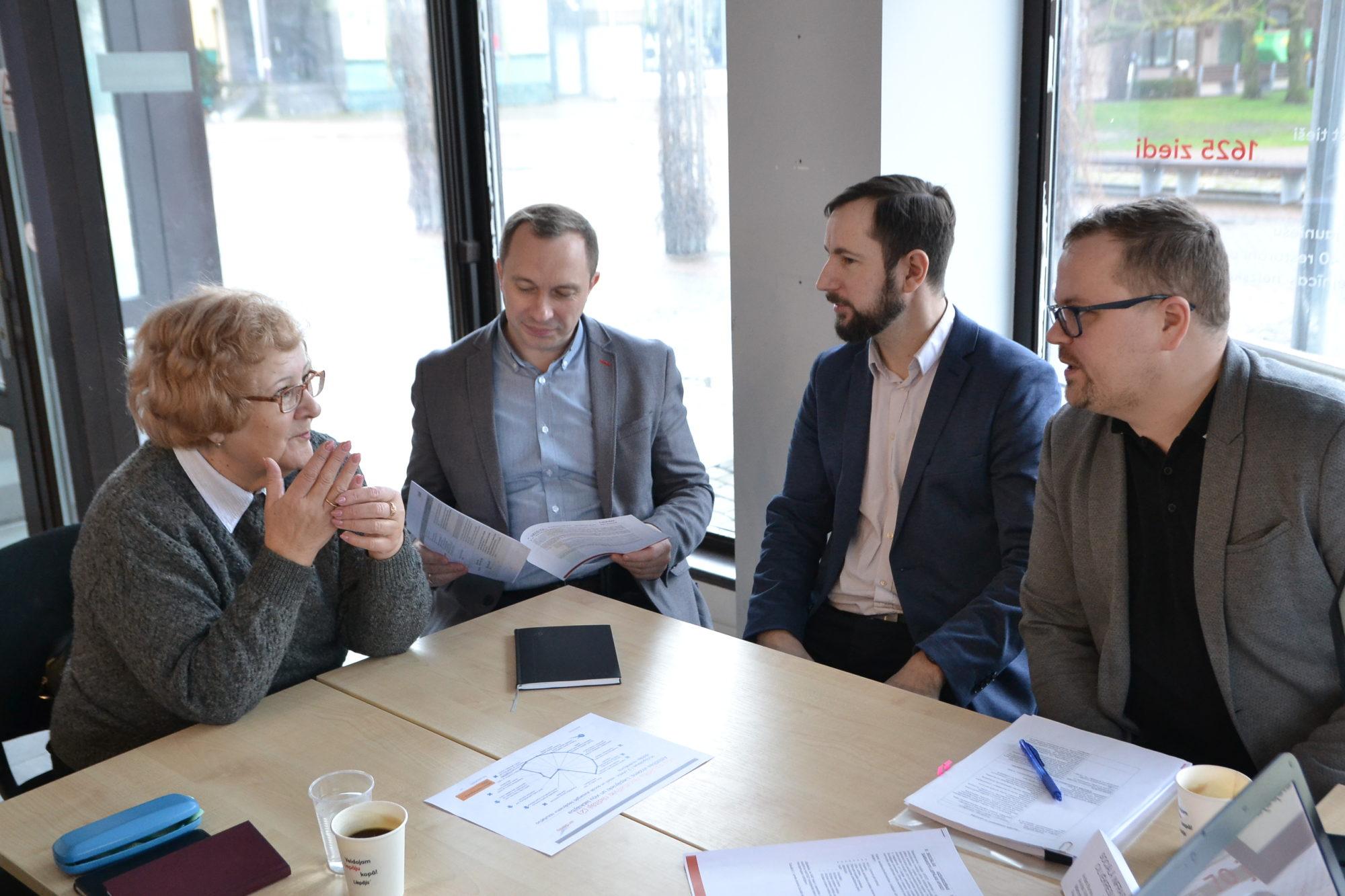 Izvērtē sociālo aizsardzību Liepājā