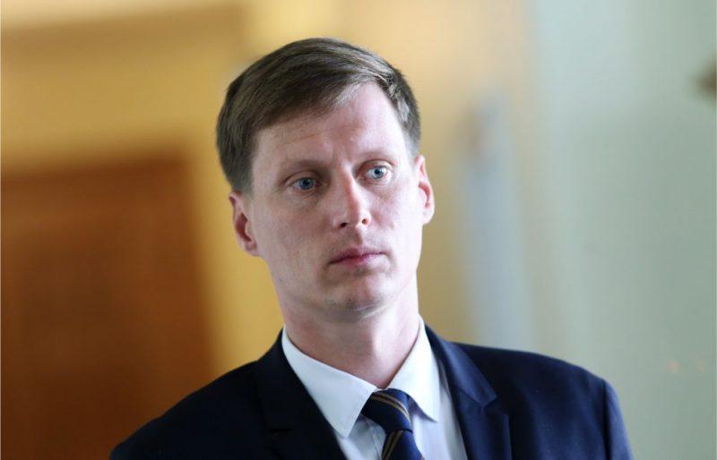 """Nemiro anulē pielaidi valsts noslēpumam, """"KPV LV"""" virzīs jaunu ministra amata kandidātu"""