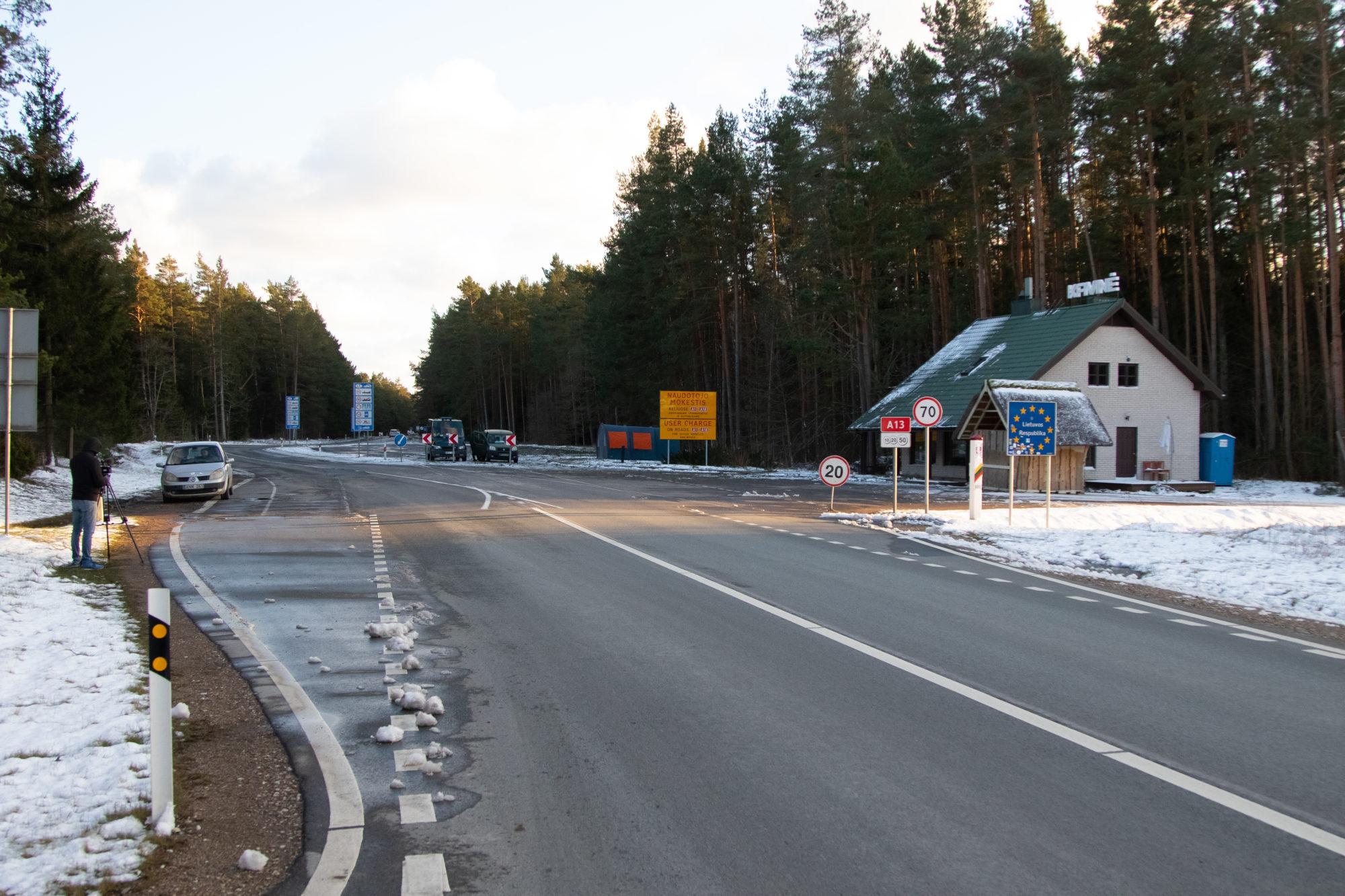 Lietuva pagarina kontroli uz robežām ar Latviju un Poliju līdz 13.aprīlim