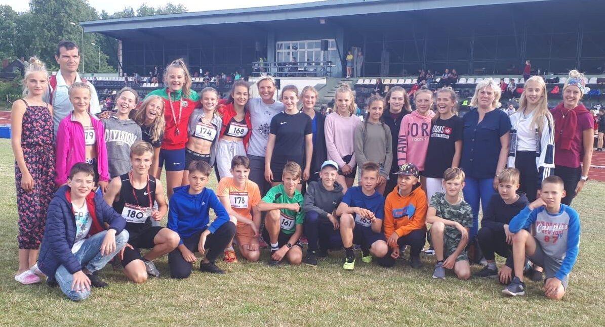 Liepājniekiem medaļas Latvijas U14 čempionātā vieglatlētikā
