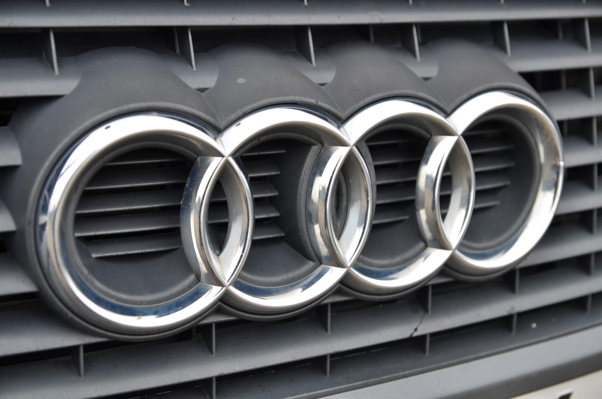"""""""Audi"""" vadītājs 1,94 promiļu reibumā stūrē pa Cukura ielu"""