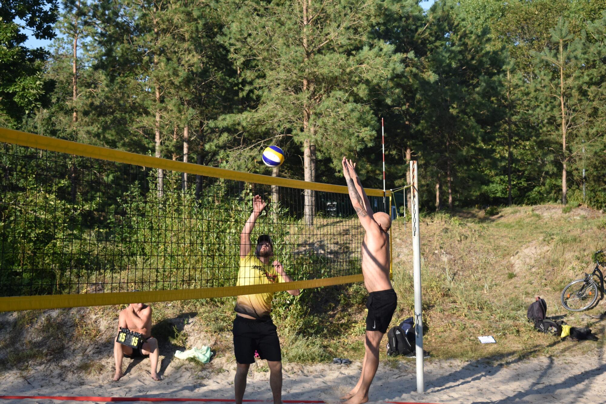 Liepājas pludmalē aizvadīts Liepājas pludmales volejbola līgas 6.posms