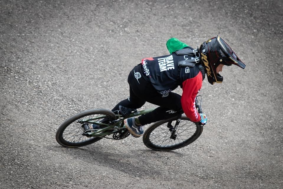 """Liepājas BMX race braucējs demonstrē labu sniegumu """"SMScredit.lv BMX čempionāta"""" 3. posmā"""