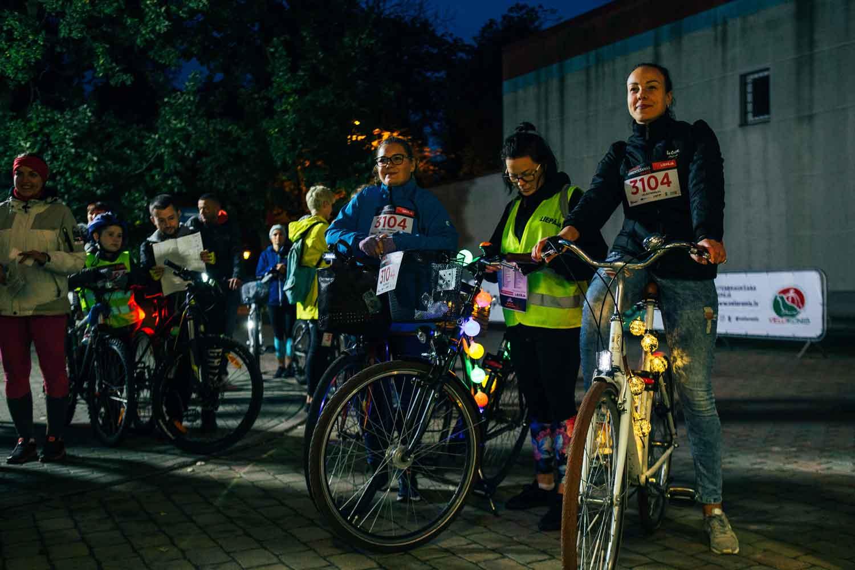 """Mudina atzīmēt aktīvās riteņbraukšanas sezonas noslēgumu velorogaininga sacensībās """"Nakts velobums"""""""