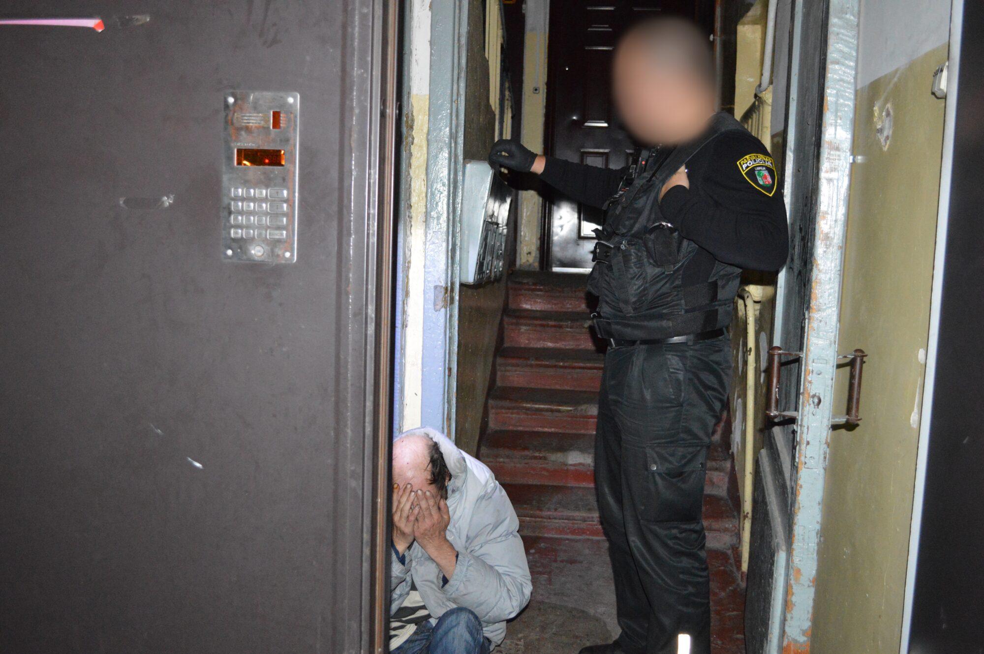 Ieskats Pašvaldības policijas patruļā naktī no piektdienas uz sestdienu