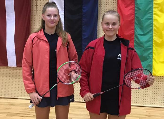 Liepājas jaunās badmintonistes piedalās Eiropas mēroga turnīrā