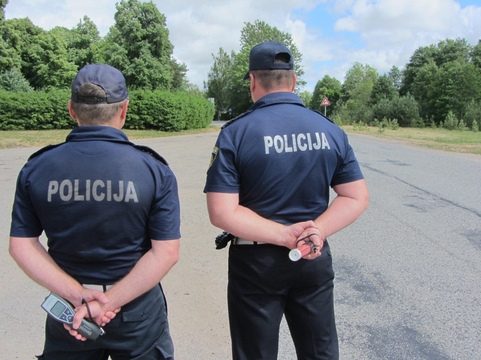 No trešdienas uz ceļiem būs pastiprināta policijas klātbūtne