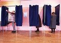 Partiju politiskās nostādnes raibas kā dzeņa vēders