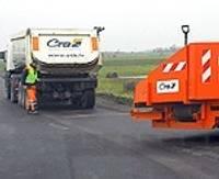 Pabeidz divu autoceļu atjaunošanu