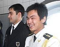 Ķīnietis saņem ūdenslīdēja sertifikātu