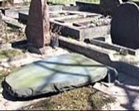 Izdemolē Ziemeļu kapsētu