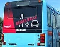 """Par kampaņu """"Beigta balle"""" atgādinās arī plakāti uz Liepājas autobusiem"""