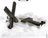 Garnizona kapsētā nolauzti seši krusti