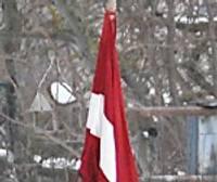 Par zemu karogs, gods vai spēks