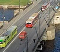 Pārbaudīs Tramvaja tilta stiprību