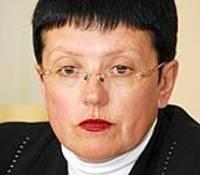 Deputāti Elitu Kosaku tur aizdomās par krāpšanu
