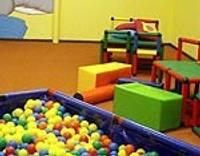 Atvērs lielāko bērnu rotaļu istabu