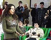 TV –  Jaunieši spēlē teātri dzelzceļa stacijas uzgaidāmajā zālē
