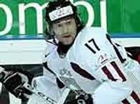 Latvijas hokeja izlase sagrauj Francijas valstsvienību