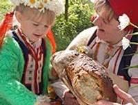Sienam sieru, cepam maizi, brūvējam alutiņu