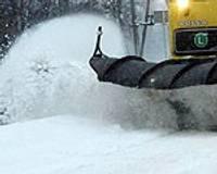 Papildināts – Sniegs apgrūtina braukšanu, vējš – kuģu satiksmi; daudz autoavāriju