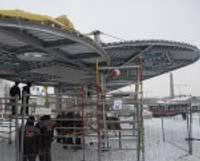 Stacijas laukumu sniegā būvē aktīvi