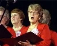 Seniori ieskandina Ziemassvētkus