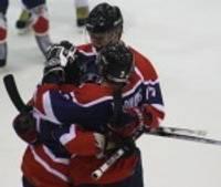 """""""Metalurga"""" hokejisti pārliecinoši uzvar """"Šiņņik"""" komandu"""