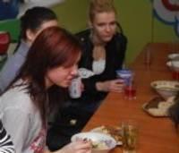 """""""Es mums iemācīšu ēst zupas!"""" vai nacionālo maltīšu un putru dienas skolās"""