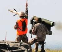 Militāristi šauj gaisa mērķos