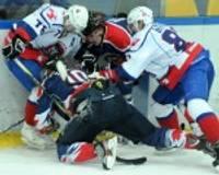 """""""Liepājas metalurgs"""" hokejisti piekāpjas VHL klubam pārbaudes spēlē"""