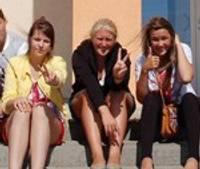 15.vidusskolas jaunieši lietderīgi pavada savu brīvo laiku vasarā
