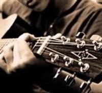 LJC meklē ģitārspēles nodarbību pasniedzēju jauniešiem