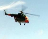 Mediķi mācās sniegt palīdzību helikopterā