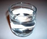 Iekrāsos ūdeni