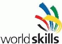 """Mākslas vidusskolas audzēkne Beatrise Dzērve gatavojas """"WorldSkills"""" konkursam"""
