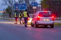Brīvdienās Kurzemē aizturēti 22 dzērājbraucēji, 7 no tiem – mūspusē