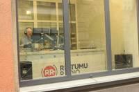 Radio ievācas Pasta ielā