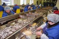 """NVA reģistrējušies 32 no """"Kolumbija Ltd."""" atbrīvotajiem darbiniekiem"""