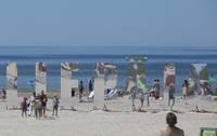 Liepājas pludmali piepilda atpūtnieki
