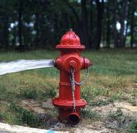 Veic hidrantu pārbaudi