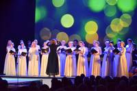 """FOTO: Svētku koncerts """"Pie dižozola saknēm"""""""