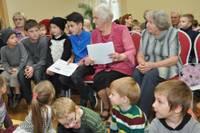 Ar muzikālu uzvedumu atver bērnu grāmatu