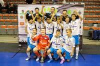 """""""Schalke 04"""" triumfē """"Amber Cup"""" futbola turnīrā jauniešiem"""
