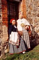 Pāvilostas muzejā rīko sarunu par Sakas tautas tērpu
